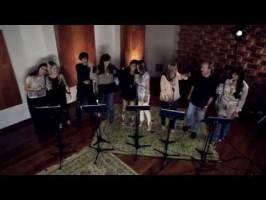 cantores-evangelicos-gravam-musica-contra-a-exploracao-sexual-na-copa-266x200
