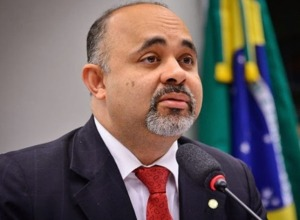 ministro-do-Esporte-George-Hilton
