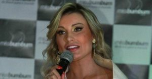 xandressa-urach-320x167.jpg.pagespeed.ic.1brFvmKw67